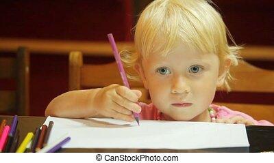 crayons, peu, dessin, papier, portrait, blanc, girl