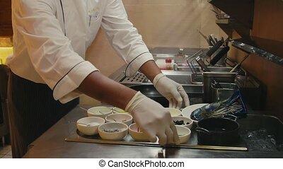 cuisinier, asiatique, chef cuistot, fonctionnement, homme