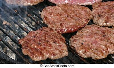 cuisinier, grillade, tourner, hamburgers