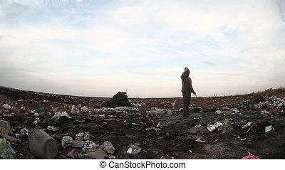 décharge, gaspillage, social, chômeur, vidéo, mise en décharge, sdf, regarder, homme, sale, nourriture