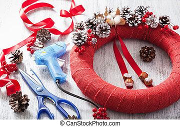 décoration, couronne, fait main, bricolage, noël, confection, rouges