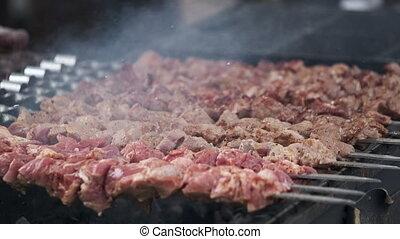 délicieux, grillade, fumée, brochettes, viande