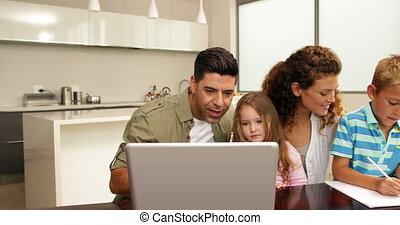 dépenser, ensemble, temps famille