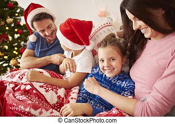 dépenser, noël famille, lit