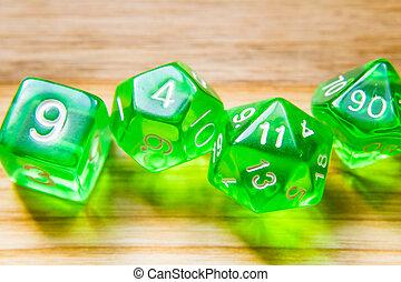 dés, sommet bois, lot, vert, nombres, fond, jouer, translucide