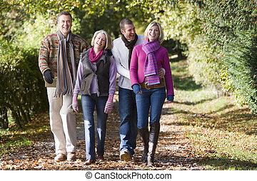 développé, enfants, parents, haut, promenade