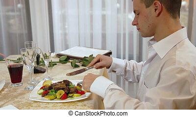 dîner, homme, avoir, restaurant