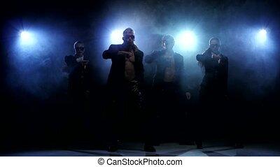 dancers., femmes, club, hommes, strip-tease, fumée, nuit, fort
