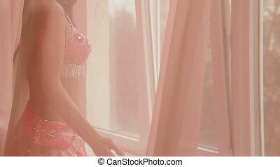 danse, fenêtre