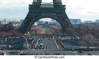 day:, lapse., eiffel, paris, voitures, courant, tour, temps, tourists., sous, france., mouvement