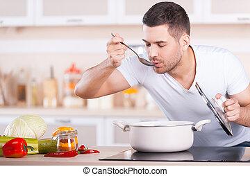 debout, beau, dégustation, jeune, soupe, quoique, soup., homme, moule, cuisine