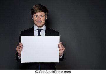 debout, gai, gris, affiche, isolé, formalwear, jeune regarder, quoique, appareil photo, businessman., tenue, homme