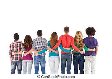 debout, gens, équipe, isolé, quoique, autre, multi-ethnique, chaque, fin, blanc, bâtiment., vue postérieure