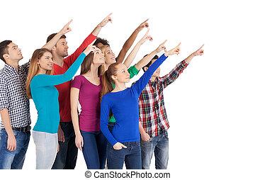 debout, groupe, pointage, gens, isolé, loin, jeune, il, gai, quoique, autre, multi-ethnique, chaque, fin, blanc, plane?