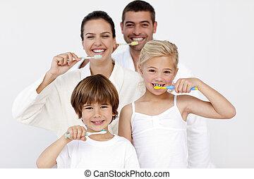 dents, leur, nettoyage, salle bains, famille