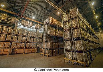 différent, beaucoup, boîtes, énorme, étagères, entrepôt
