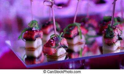 différent, collations, nourriture, apéritifs, restauration, beautifully, table, décoré, constitué, banquet