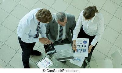 discussion, financier