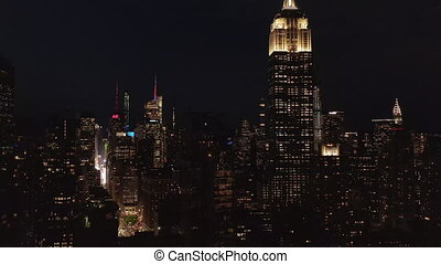 disparaître, derrière, iconique, résidentiel, ville, empire, manhattan, bureau, nuit, york, état, midtown, condominiums, large, stupéfiant, aerial:, vue, nouveau, bâtiment, bâtiments