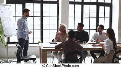 divers, motivé, heureux, training., écoute, conférencier, employés