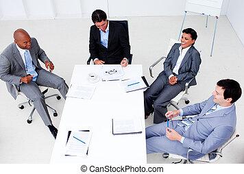 diversité, business, projection, groupe, ethnique, élevé, réunion, angle