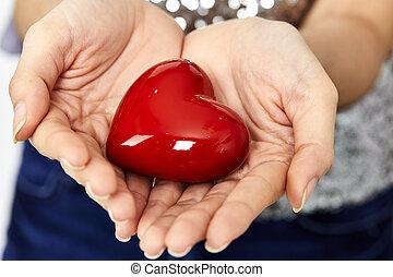 donner, amour, partage, coeur, mains, concept, femme