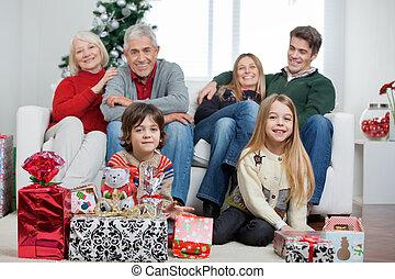 dons, maison, noël, famille