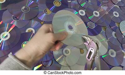 dvd, essayer, disque cd, femme, ou, cassé