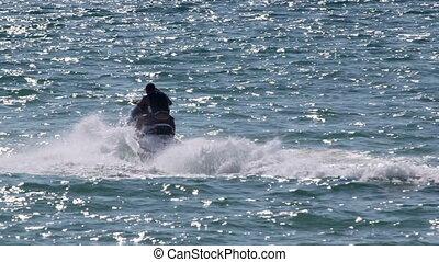 eau, équitation, scooter