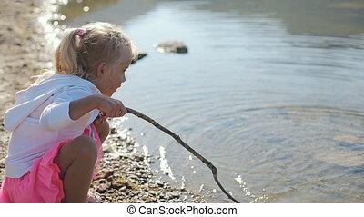 eau, peu, lac, long, pattes, crosse, cheveux blonds, girl
