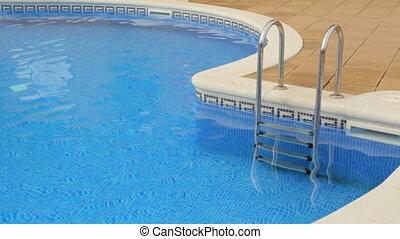 eau piscine