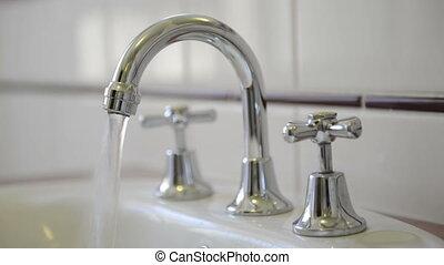 eau, robinet courant