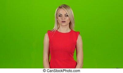 elle, couverture, bâiller, main., vert, studio, bouche, blond, écran