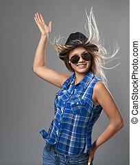 elle, indiquer haut, cheveux, girl, chapeau, flottement