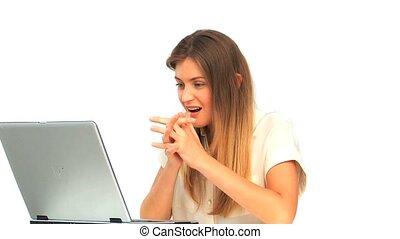 elle, ordinateur portable, regarder, femme, heureux