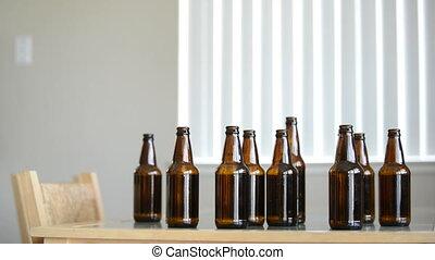 em, ivre, bière, regarde, homme, plus