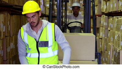 emballage, ouvrier, entrepôt, boîtes