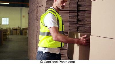 empilement, ouvrier, entrepôt, carton