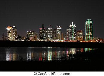 en ville, dallas, texas, nuit