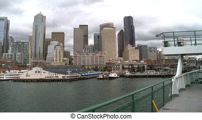 en ville, ferry-boat, arrive, seattle