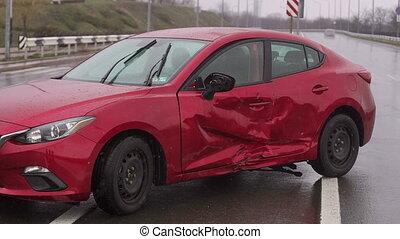 endommagé, accident, fracas, automobiles, voiture, après, collision, rue, city.