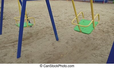 enfance, balançoire, cour de récréation, vent, mouvementde va-et-vient