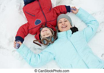 enfant garçon, fils, hiver, mère