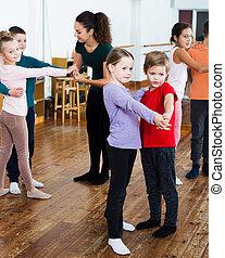 enfants, paire, danse, danse