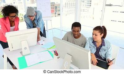 ensemble, créatif, partenaires, fonctionnement