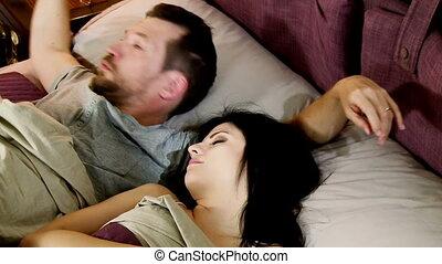 essayer, homme, réveiller, épouse