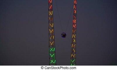 evening., parc, amusement, bungee, ville, renverser