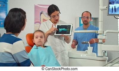 expliquer, écran, numérique, rayon x, stomatologist, mère, pointage