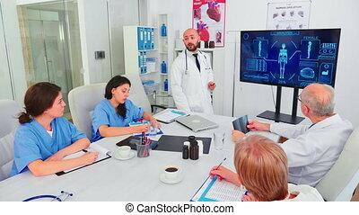 expliquer, traitement, numérique, monde médical, médecin, moniteur, pointage
