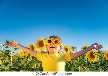 extérieur, printemps, champ jeu, enfant, heureux